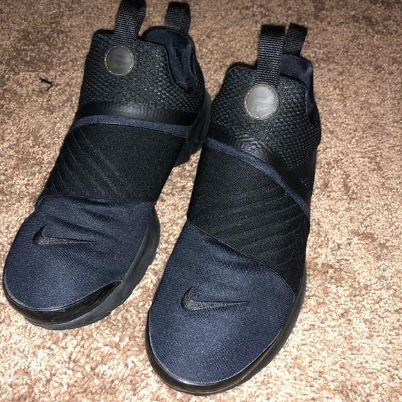 free shipping a7fe9 85fe3 Nike presto extreme 5.5youth 7- 7.5 female. M 5b946b949539f7847bb9a657
